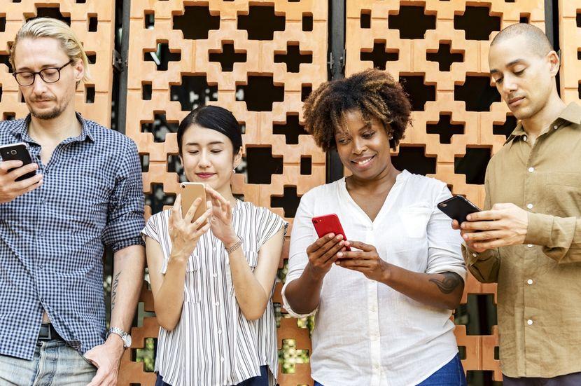 Crea una comunidad en Redes Sociales - Alicia Higgins