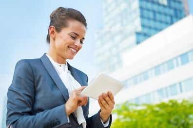 Colaborar desde afuera: Enfoques y recursos para trabajar como consultor/a