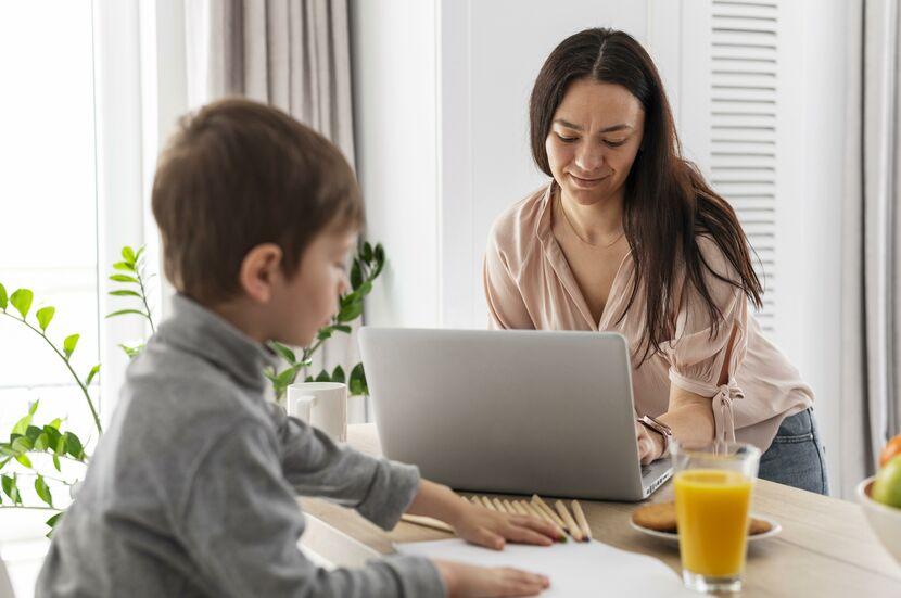 Cómo apoyar a las madres trabajadoras: el ejemplo de Walmart Chile - Mibucle