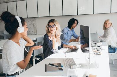 Cómo las mujeres programadoras ayudan a disminuir la brecha de género