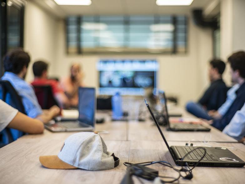 Plataforma 5 - Espacios de Trabajo